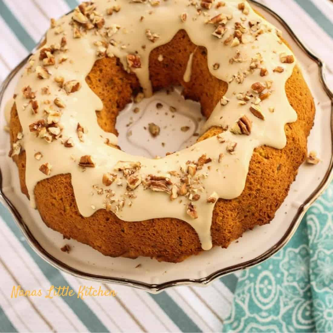 Apple Spice Cake With Maple Icing