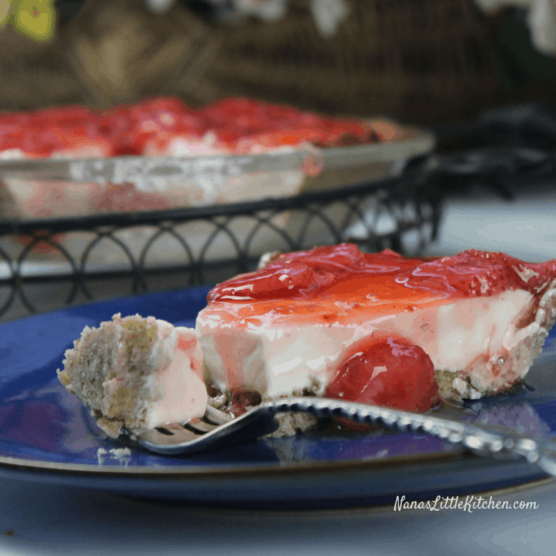 Sugar Free Triple Berry Cream Cheese Pie