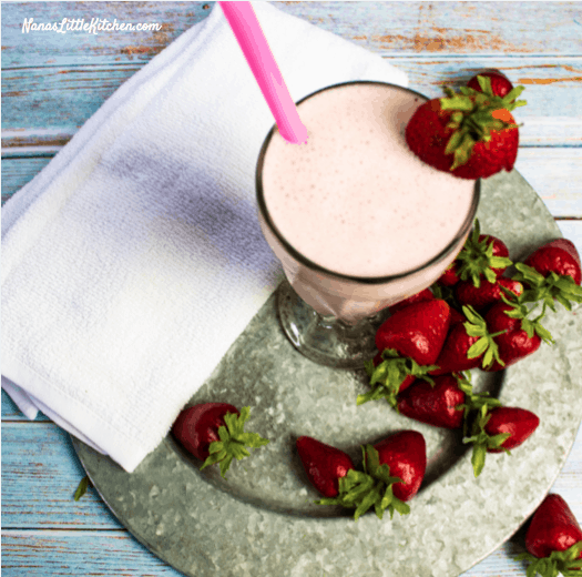 Strawberry Cheesecake Smoothie Low Carb THM S